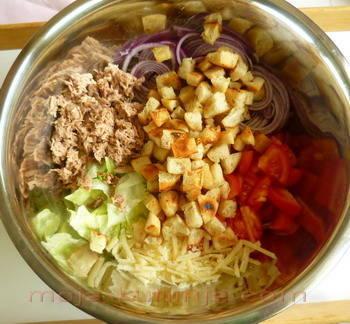 Priprema cezar salate