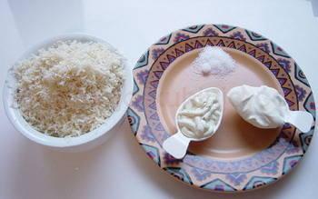 Hren na bijelo začini
