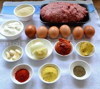 Sastojci za mesnu štrucu sa jajima