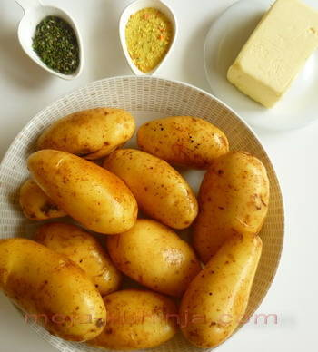 Ružmarin, mladi krumpir, vegeta, maslac