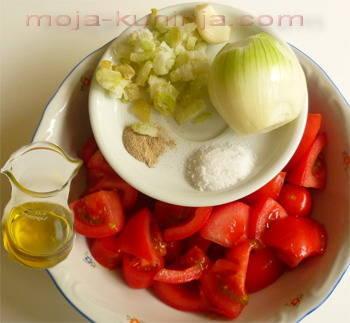Sastojci za paradajz juhu