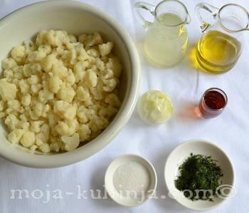 Sastojci za salatu od karfiola, cvjetače
