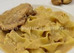 Piletina u umaku vina i smokvi