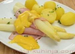 Šparoge sa krumpirom, šunkom i sos holandes