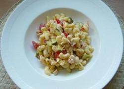 Tjestenina salata sa povrćem i puretinom